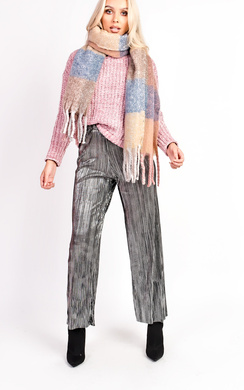 View the Roxanne Tartan Scarf online at iKrush