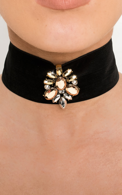 View the Frida Velvet Choker online at iKrush