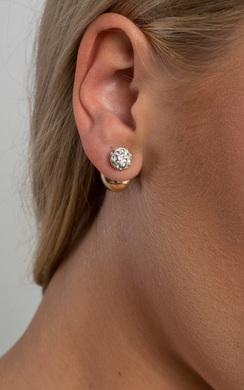 View the Ameline Pearl Earrings online at iKrush