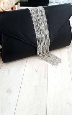 View the Yasmin Tassel Chain Clutch Bag online at iKrush
