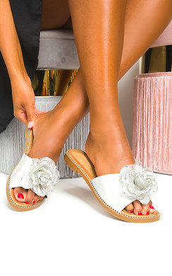 View the Agate Metallic Flower Sliders online at iKrush
