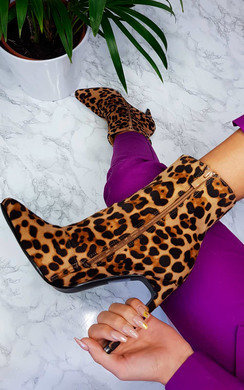 View the Ailie Faux Suede Pointed Boots online at iKrush