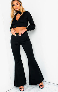 View the Ainslie Cut Out Lounge Co-ord online at iKrush