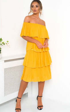View the Alissa Off Shoulder Tiered Midi Dress online at iKrush