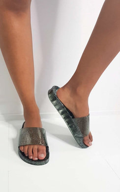 View the Ami Glitter Sliders online at iKrush