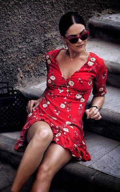 View the Ariel Floral Print Shift Dress online at iKrush