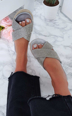 View the Darcie Crossover Flatform Sandals online at iKrush