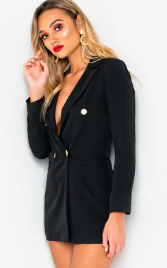 View the Evie Long-Lined Blazer online at iKrush