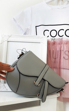 View the Freja Saddle Bag online at iKrush