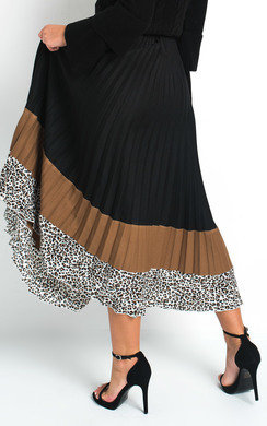 View the Geo Pleated Stripe Midi Skirt online at iKrush