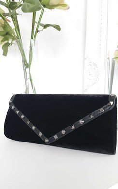 View the Kazia Velvet Envelope Clutch online at iKrush