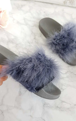 View the Liah Faux Fur Feather Sliders online at iKrush