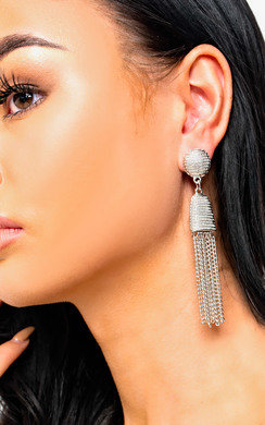View the Lottie Chain Drop Earrings  online at iKrush