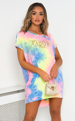 View the Luna Oversized Tie Dye T-Shirt Dress online at iKrush
