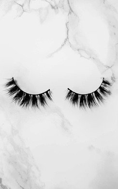 View the Luxury Mink Lashes - Famous online at iKrush
