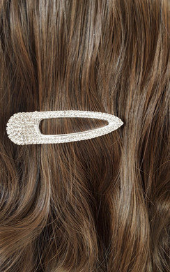 View the Minny Diamante Oversized Hair Clip online at iKrush