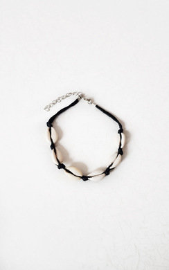 View the Monikh Shell Anklet online at iKrush
