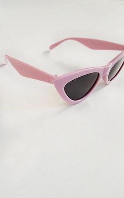 View the Penelope Pink Cat Eye Sunglasses online at iKrush