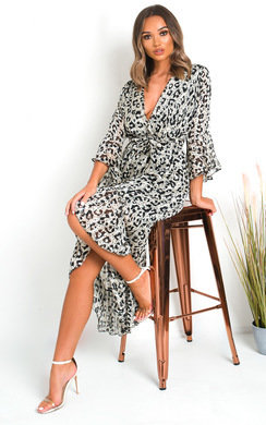 View the Penelope Printed Floaty Maxi Dress online at iKrush