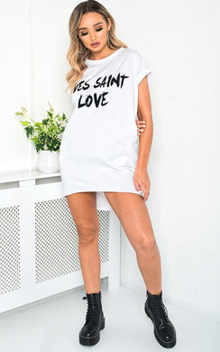 View the Reb Oversized Slogan Top online at iKrush