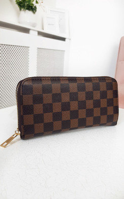 View the Sam Check Style Zip Purse online at iKrush