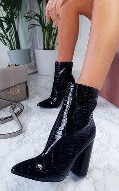 View the Scarlett Pointed Block Heeled Boots online at iKrush