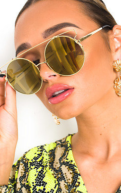 View the Tillie Oversized Round Sunglasses online at iKrush
