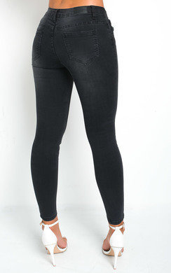 View the Yasmin Skinny Jeans online at iKrush