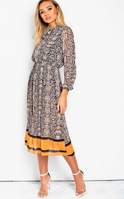 View the Zarah Printed Midi Dress online at iKrush