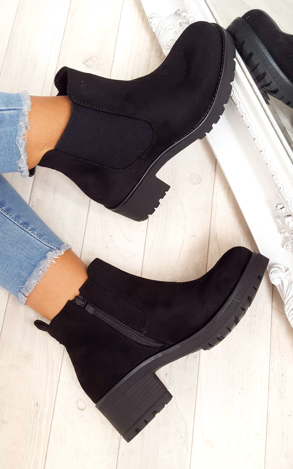 Amra Chunky Ankle Boots in Black s