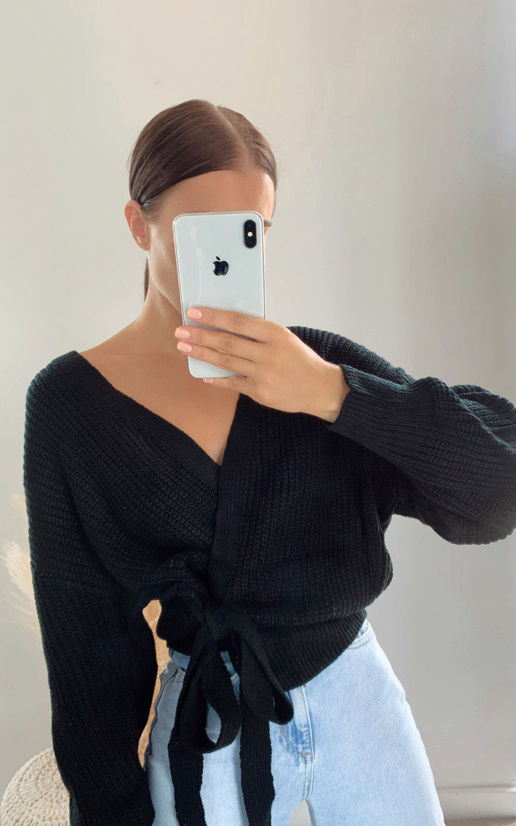 Amie Knitted Wrap Cardigan in Black