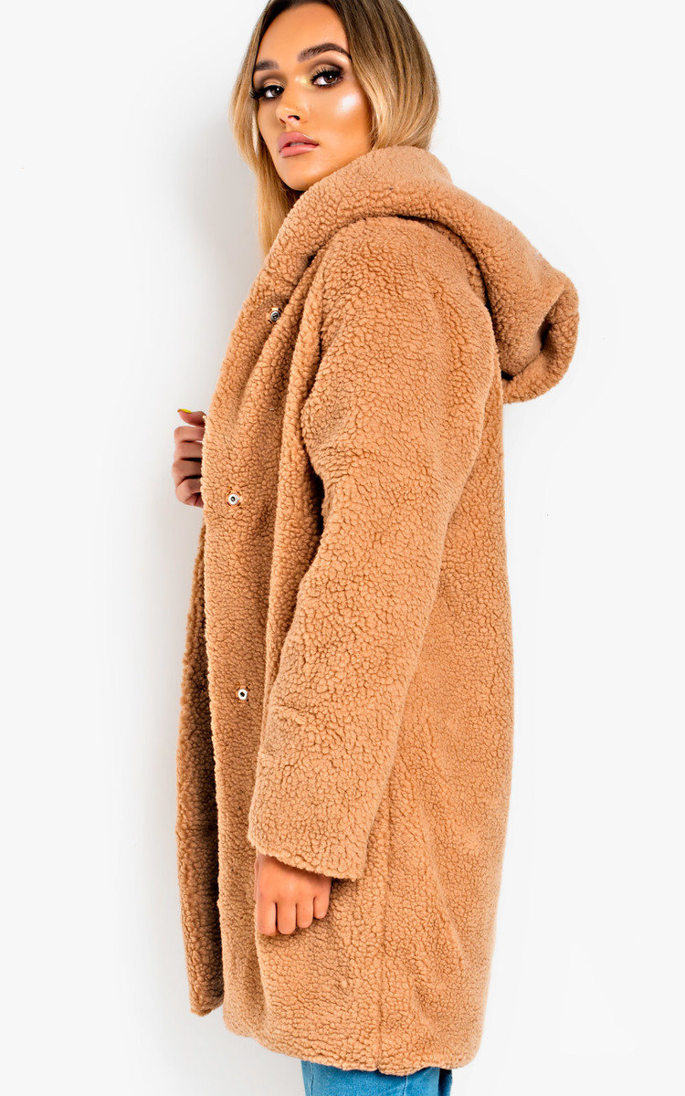 price remains stable separation shoes meet Hanni Hooded Teddy Bear Jacket