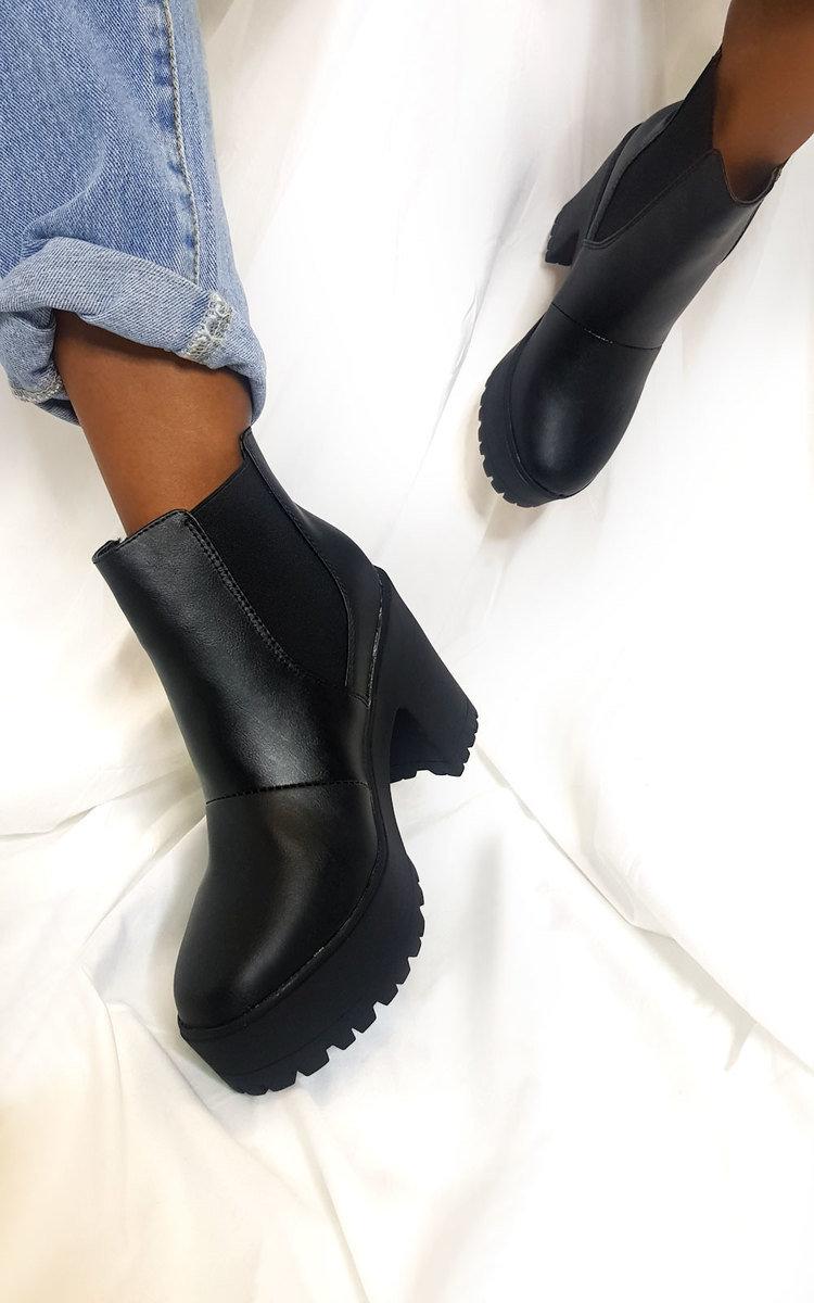 Jaz Chunky Heeled Ankle Boots in Black
