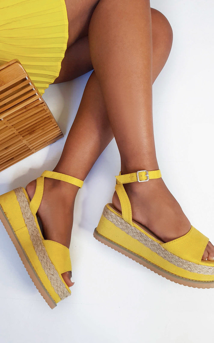 Olivia Flatform Sandals in Yellow